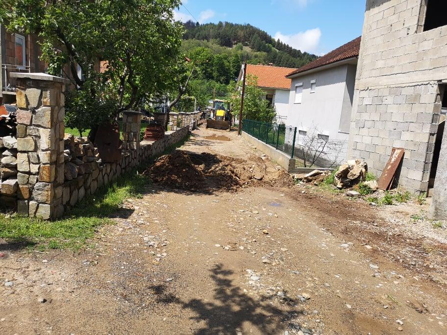 Интензивни активности за решавање на проблемите од канализационата мрежа во Македонска Каменица