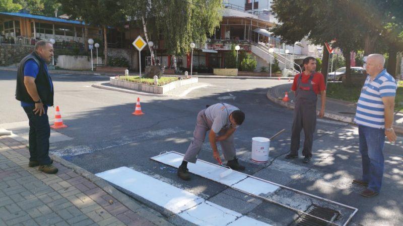 Преобележување на хоризонталната патна сигнализација во Македонска Каменица